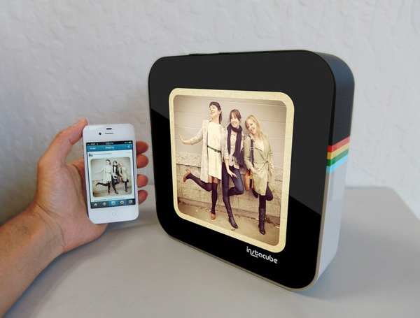 Instacube - Instagram Photo Frame