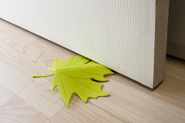 Leaf Door Stop by Qualy