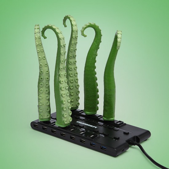 USB Squirming Tentacle