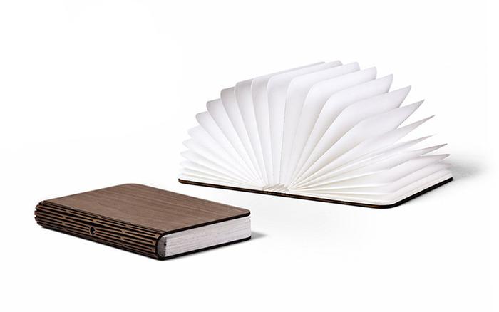 lumio_book_lamp_01