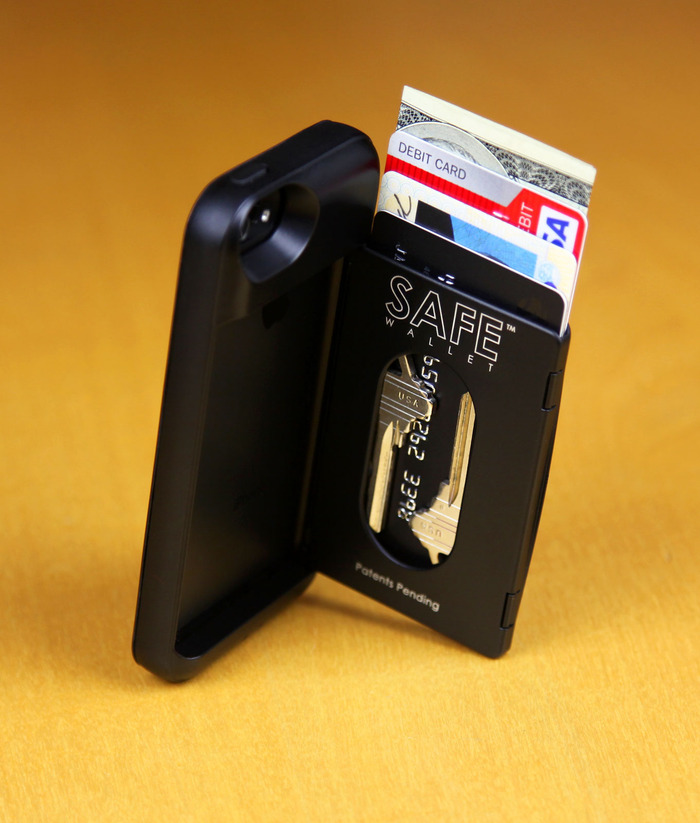 Safe Wallet iPhone 5 Case