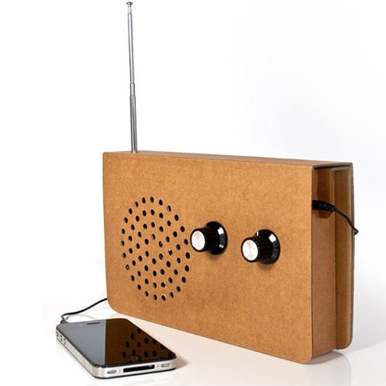 Cardboard FM Radio & MP3 Player