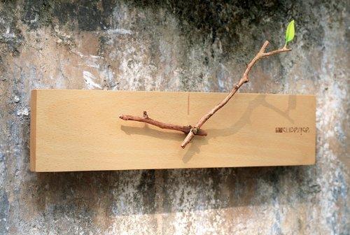 Coronation Creative Bud Contemporary Wall Clock