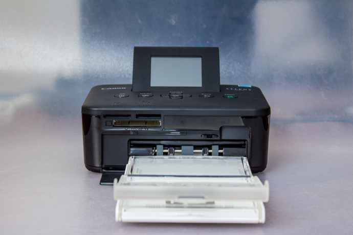 Canon Selphy CP800 - Photo Printer 03