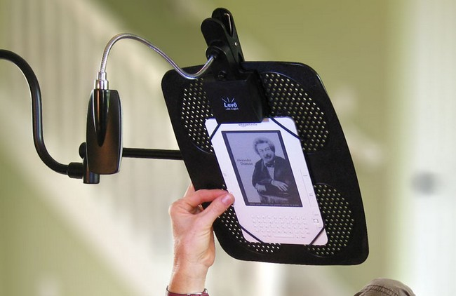 LEVO Deluxe eBook and iPad Holder Floor Stand