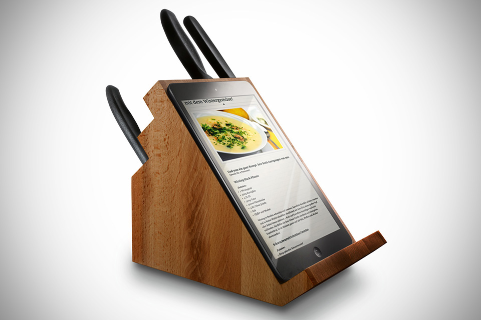 Victorinox knife block with tablet stand rear