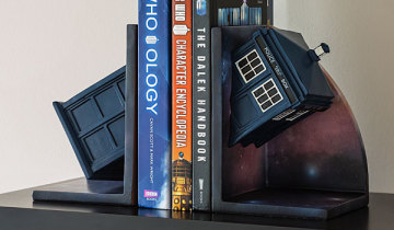drwho_bookends_02