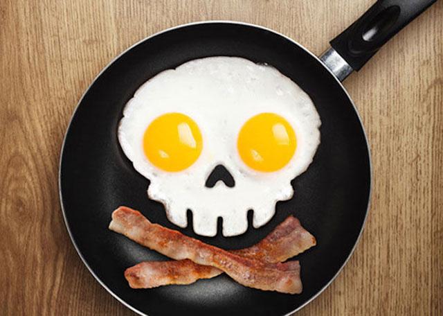Side Up Skull Shaped Egg Ring Mold