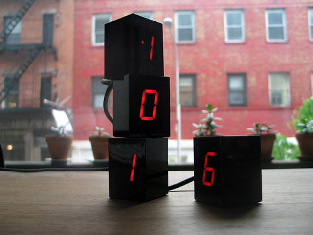 Numbers LED Clock by Jonas Damon