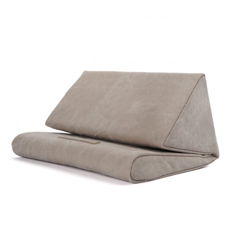 pillowpad_stand_02